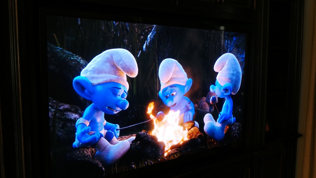 The Smurfs are Back in The Legend of Smurfy Hollow animation